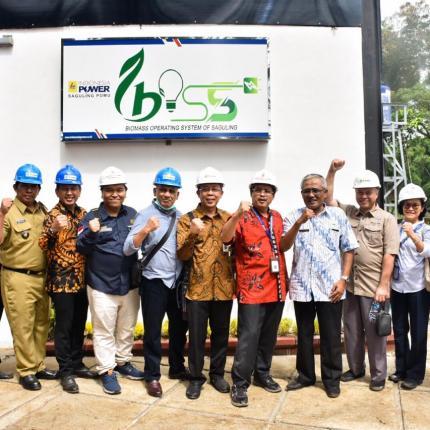 Program BOSS (Biomass Operation System of Saguling) ini diinisiatif oleh PT Indonesia Power yang melibatkan warga sekitar PLTBm Saguling