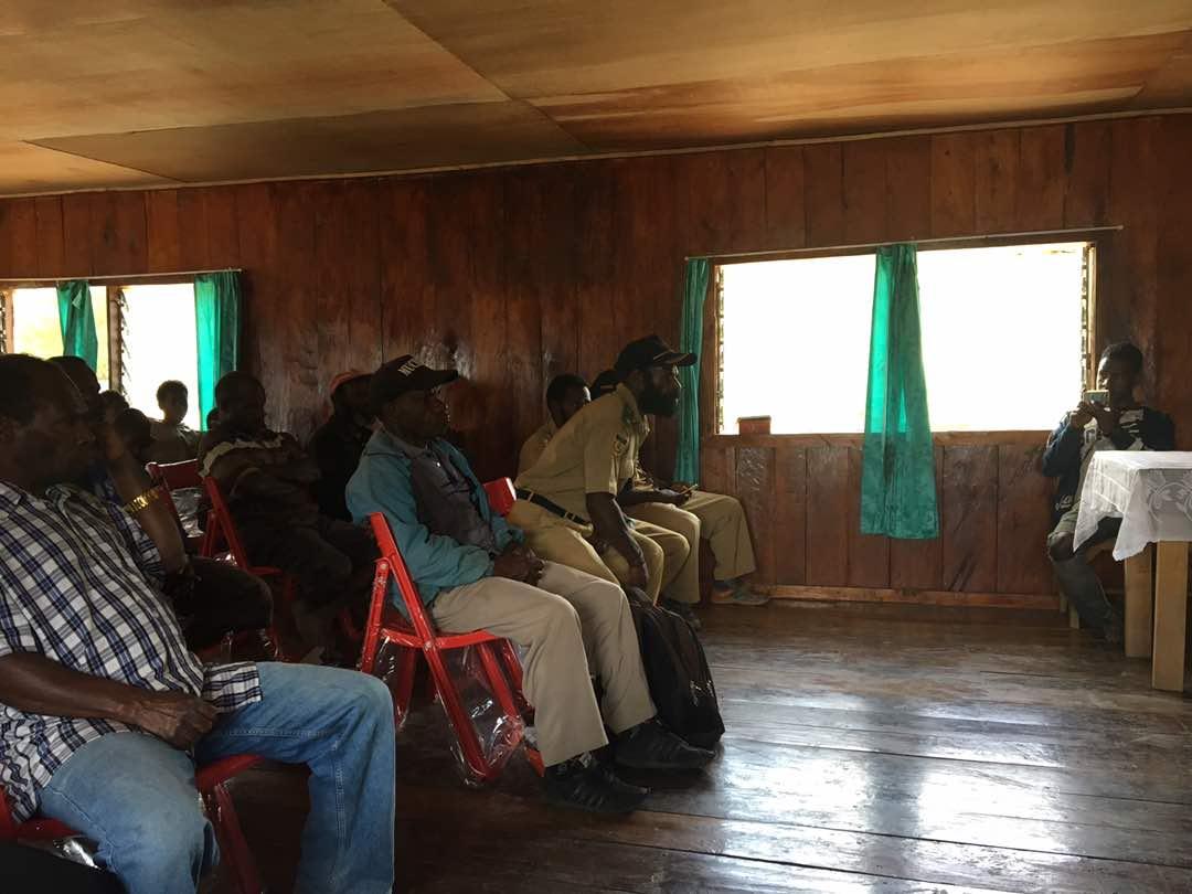 Peserta dari beberapa distrik Menghadiri Sosialiasi LTSHE.jpg