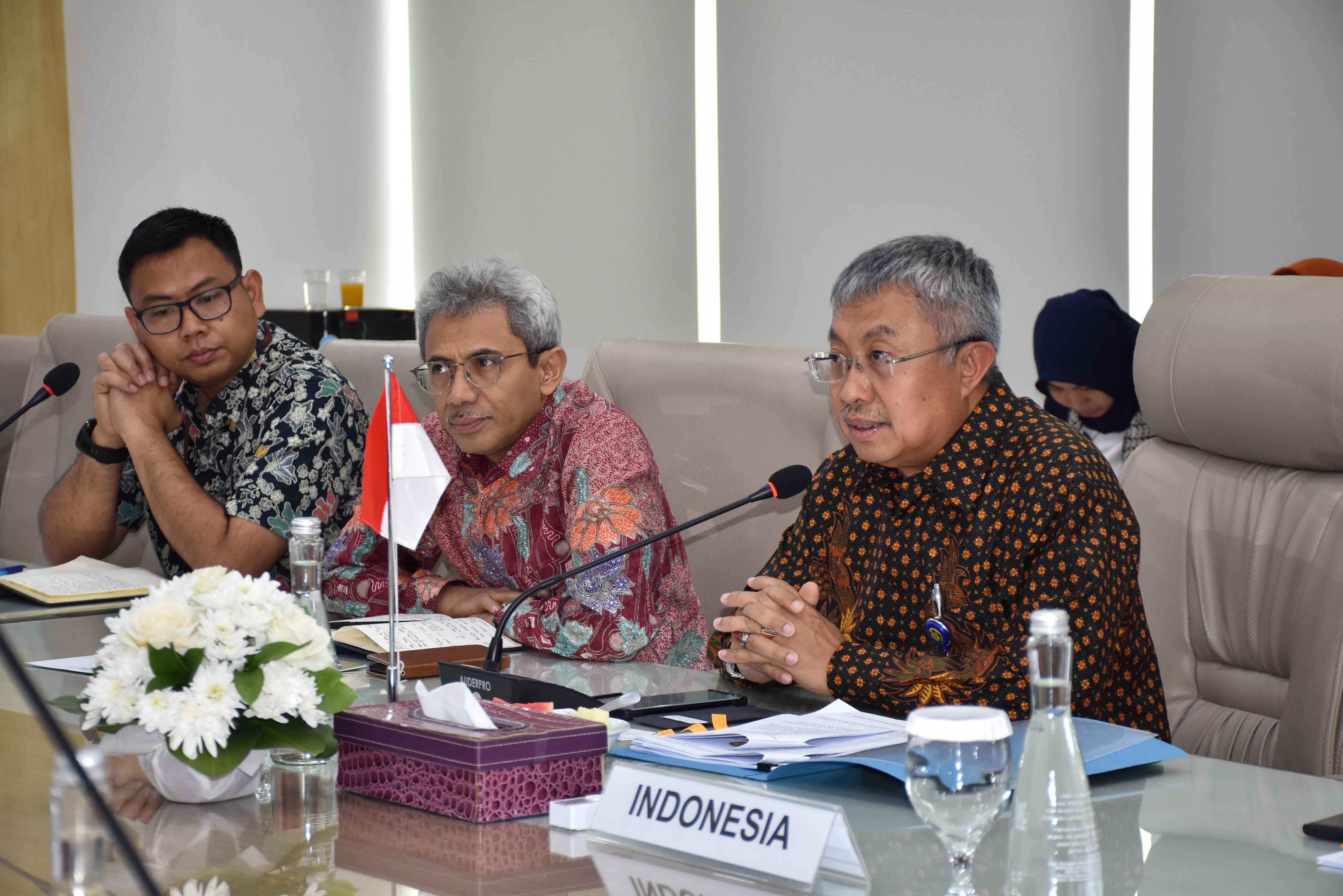 Program SSC bertujuan untuk membantu Pemerintah Indonesia dalam pengembangan kebijakan, strategi dan solusi untuk meningkatkan rasio elektrifikasi dan mencapai target EBT dan konservasi energi.