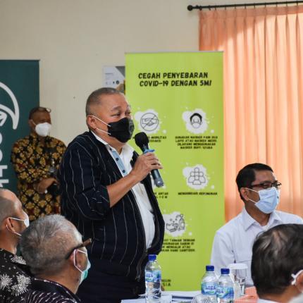 Sambutan Ketua Tim Kunjungan Spesifik Komisi VII DPR RI, Alex Nordin ke PT. Solusi Bangun Indonesia Tbk, Bogor (25/03/2021) (NS)