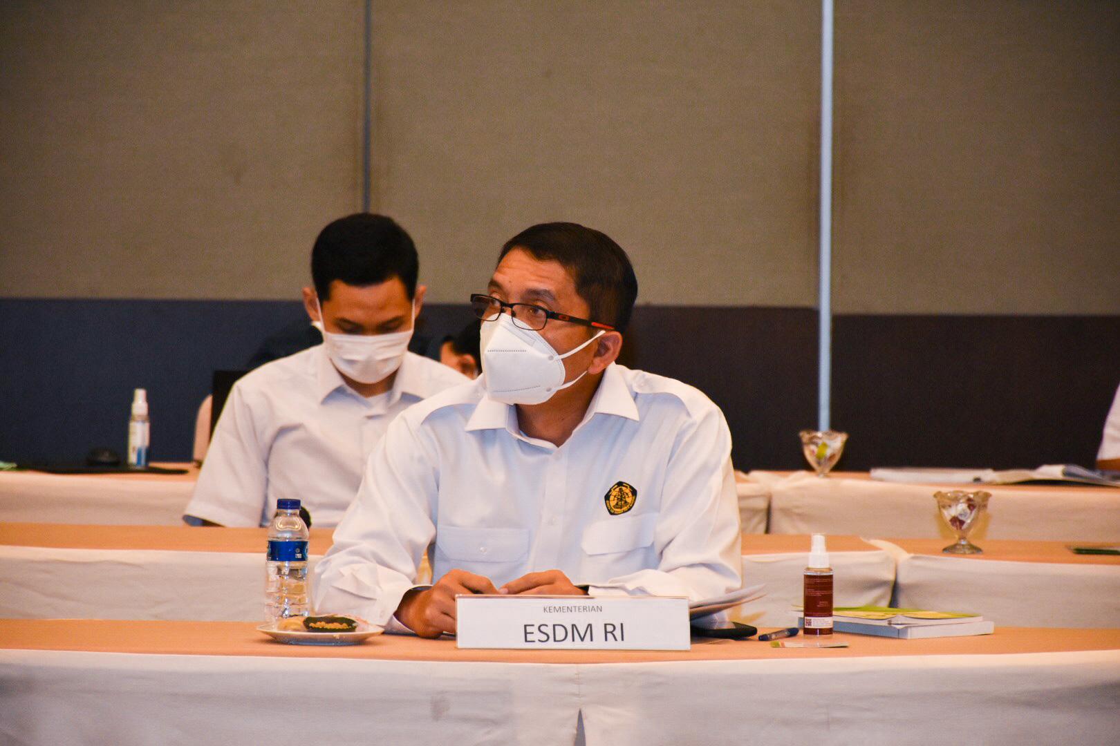 Komisi VII DPR RI bersama Institut Pertanian Bogor menggelar Forum Group Discussion (FGD) bertajuk Revolusi Energi melalui RUU EBT di IPB Convention Center, Bogor (04/02/2021)