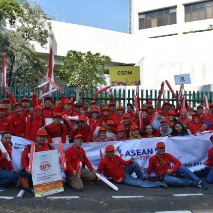 Tim Parade ASEAN dari KESDM 6