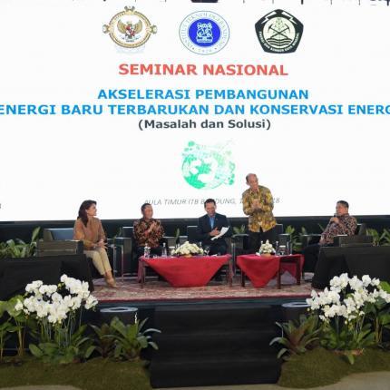 Wamen ESDM, Archandra Tahar, Rektor ITB, Kadarsah Suryadi, dan Anggota IV BPK RI, Rizal Djalil hadir sebagai Pembicara pada Seminar Nasional di ITB, Bandung