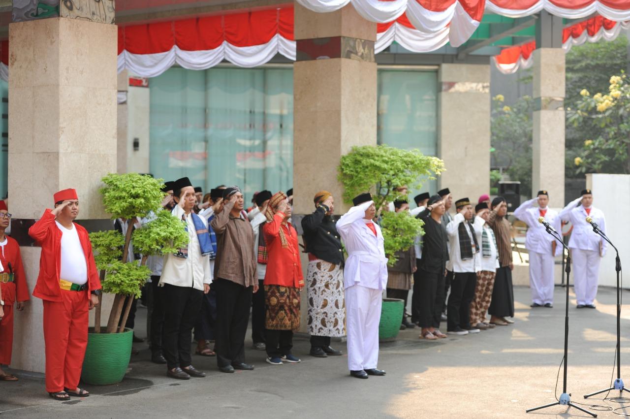 Penghormatan Kepada Bendera Merah Putih oleh seluruh peserta upacara di Lingkungan Ditjen EBTKE