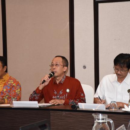 Laporan Direktur Aneka, Harris pada Rapat Pleno ke-13 Program Pengembangan Pulau Sumba sebagai Pulau Ikonis Energi Baru, Terbarukan