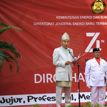 Amanat Pembina Upacara oleh Tenaga Ahli Menteri Bidang Perencanaan Bisnis dan Keuangan EBTKE, Saiful H. Manan