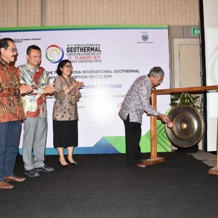 """Penyelenggaraan IIGCE kali ini mengambil tema """"Making Geothermal the Energy of Today"""" yang memiliki relevansi dengan isu global saat ini untuk terus mempromosikan EBT"""