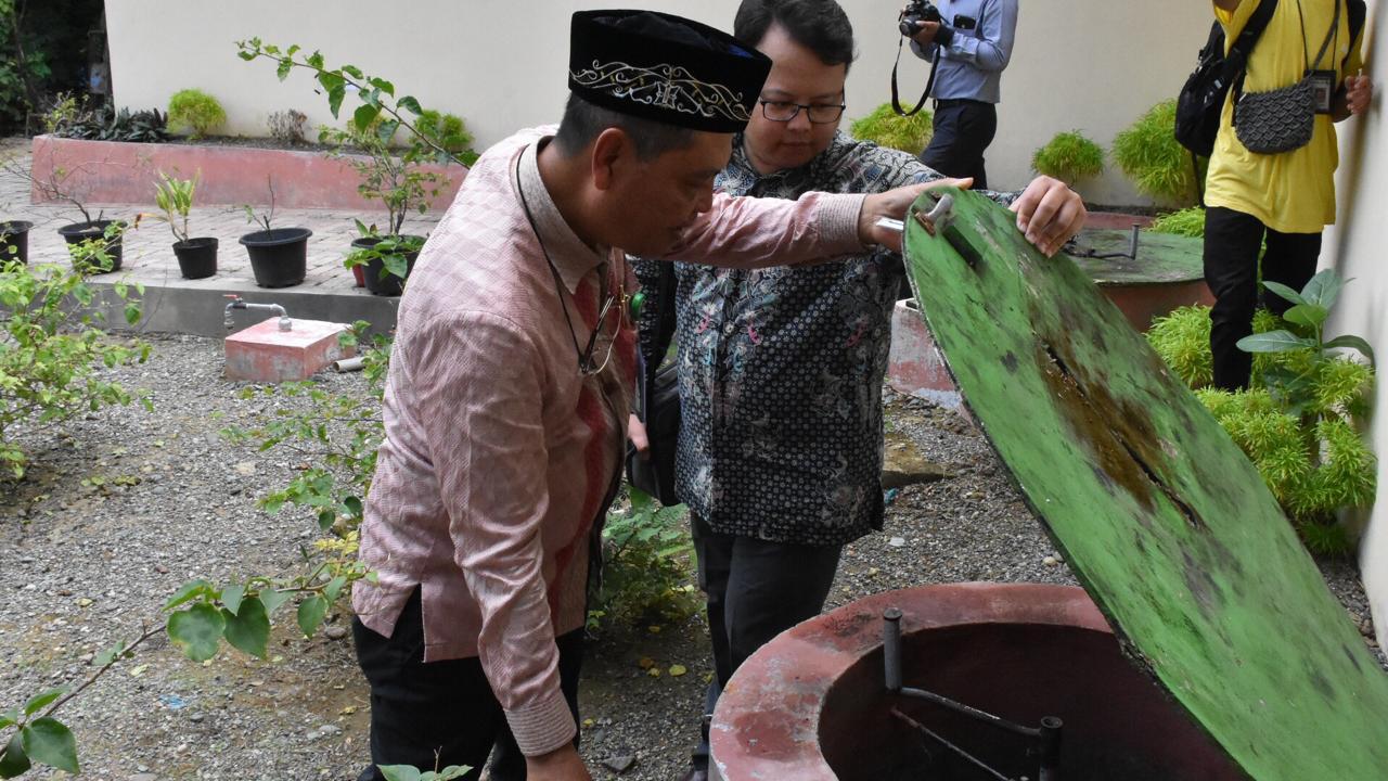 dan merupakan salah satu upaya pemerintah meningkatkan akses energi di masyarakat Pemanfaatan biogas dari limbah ini diharapkan dapat membantu menciptakan pola pemanfaatan energi yang terjangkau